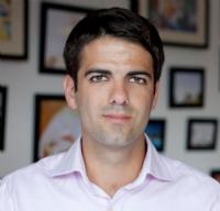 """Nicolas Ferrary (Airbnb), élu """"Personnalité E-commerce 2015"""""""