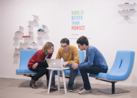 Comment aménager vos bureaux pour encourager le travail collaboratif