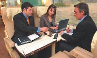Selon une enquête réalisée par la SNCF, «l'homme d'affaires en TGV se considère dans son univers professionnel».