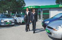 Le concept «rental paperless» d'Europcar permet de récupérer contrat et clés de voiture via une borne informatique. Gain de temps assuré!