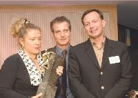 Sophie Charloux (Zolpan) et Roland Deponge (Coup de Poing), à droite, ont été récompensés par Patrick Reboul (Sage CRM Solution).
