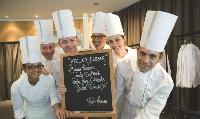 Potel & Chabot propose aux entreprises d'organiser des cours de cuisine sur mesure.