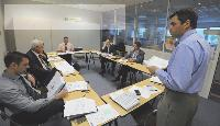 Avec son équipe, Laurent Le Gaudu veille à accompagner les clients dans le cadre de leurs projets d'achat.