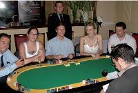 Datavance recrute autour d'une table de poker