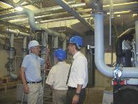 Michel de Zukowicz en visite sur un chantier d'une filiale de Vinci.