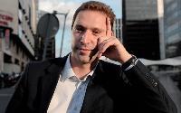 Après seulement un an au sein des équipes commerciales d'Emailvision, Hervé Bloch a été nommé directeur des ventes, à 32 ans.