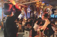 La plus gros revendeurs d'Oki se sont retrouvés lors d'un dîner-spectacle dans un décor cinématographique.