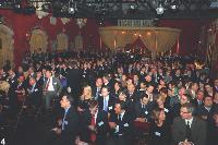 4- Plus de 450 invités ont assisté à la soirée dans les Salons Vénitiens de Bercy.