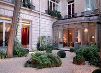 L'Académie diplomatique internationale, un hôtel particulier du VIIIe arrondissement, accueille désormais les entreprises.