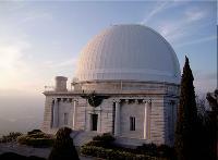 L'Observatoire de Nice, classé monument historique, a ouvert une salle de conférence d'une capacité de 100 personnes.