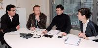 Réunion de travail sur la stratégie de développement de l'agence, avec l'équipe du planning stratégique.