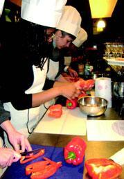 Avec son «cooking challenge», Eat-Sentive propose à vos commerciaux de réaliser un plat en 1 h 30.
