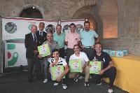 Après une après-midi de compétition, les meilleures équipes ont reçu des prix.
