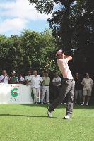 La journée s'ouvre sur une démonstration de trois pros du golf.