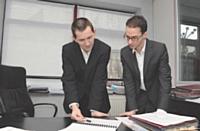 David De Biasi avec Nathan Magliano, chargé d'études de marché.