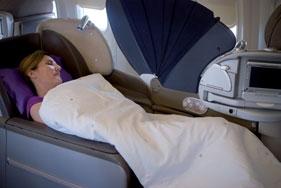 Un fauteuil, transformable en lit, en classe affaires, chez Air France.