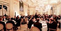 45 chefs étoilés partagent une expérience culinaire avec le distributeur Metro, à l'hôtel Meurice, à Paris.
