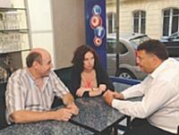 Ghislaine Rabec rencontre un détai à Paris avec un de ses courtiers.