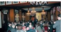 L'Agora organise huit dîners-débats chaque année.