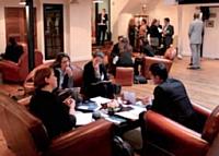 Grâce au speed dating, Berner a pu rencontrer, en une journée, 15 candidats.