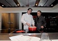Petit tour en cuisine pour prendre la température auprès de Romain Corbière, chef des chefs de l'école Alain Ducasse.
