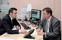 Jean-Denis Perche et Frédéric Soulet, responsable commercial, font le point sur Pneu Expo.