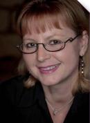 Caroline Le Charles, directrice de la relation client middle-market de Mediapost