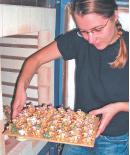 Ruta Poceviciute profite d'un dépôt-vente pour commercialiser ses oeuvres.