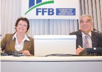 La ministre du Logement, Christine Boutin, s'est engagée à mobiliser les acteurs du service public de l'emploi à l'égalité des chances.