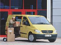 La location longue durée vous permet de bénéficier d'un véhicule utilitaire neuf et de vous décharger de sa gestion et ce, moyennant un loyer.