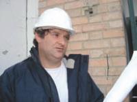 Jean-Pierre Armand s'appuie sur des experts en droit pour faire aboutir ses démarches d'embauche de salariés étrangers.