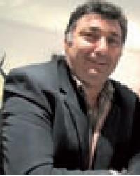Le trésorier de l'association, Jean-Claude Guldner, tailleur de pierres.