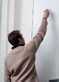 En octobre dernier, 100 000 contrats d'apprentissage ont été signés.