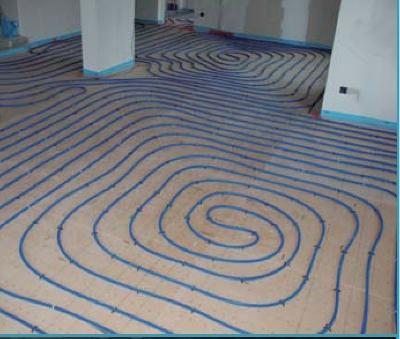 Installer un plancher chauffant hydraulique for Fissure carrelage plancher chauffant