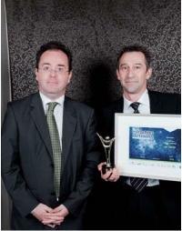 Hervé Agnan (à droite) a le 1er prix des mains de Christophe Poissonnier (Ciel).