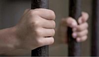L'employeur qui pratique le travail non déclaré encourt une peine de prison pouvant aller jusqu'à cinq ans.