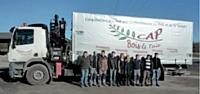 Grâce à ses deux camions, la coopérative assure une livraison rapide.