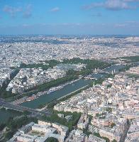 A Paris, la mairie a investi 2,5 millions d'euros pour développer un réseau wi-fi gratuit et ce dès le mois de juin.