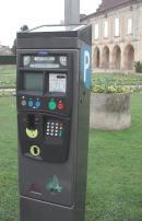 Le coût total du parc de douze appareils s'élève à un minimum de 100 000 euros.