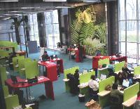 Saint-Avold, en Moselle, est l'un des trois plateaux d'Eos Contact Center certifiés NF Services Centre de relation client.
