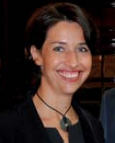 STEFANIE MOGEMASSON, Directrice de la rédaction