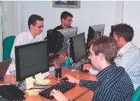 Les salariés des NEOS-SDI s'avèrent d'excellents recruteurs. Les deux tiers des candidatures présentées par des salariés de la SSII sont retenues par la direction.