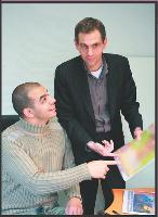 Pour deux salariés de Prometis, les missions d'intérim ont joué le rôle de période d'essai prolongée avec, à la clé, un CDI.