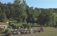 HEC propose des sessions d'été sur son campus, à Jouy-en-Josas (Yvelines). Pendant quatre jours, les participants peuvent suivre des modules de formation tout en se déconnectant du quotidien