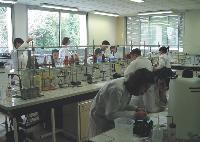 L'Ecole supérieure d'agronomie d'Angers collabore avec des entreprises dans le cadre de projets de R&D.
