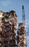 Certains déchets, tels que le béton, les tuiles ou les briques, sont inoffensifs pour l'homme et l'environnement.