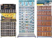 Norail commercialise vis, poignées de portes, boulons et autres produits de quincaillerie.