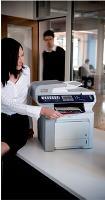 Brother a rassemblé dans le MFC-9840CDW une imprimante, un copieur, un télécopieur et un scanner couleur haut débit.