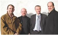 Daniel Francou, Pierre Schmitt, Frédéric Fritsch et Michel Hussherr ont décidé d'associer leurs compétences pour fonder LDE, une entreprise spécialisée dans la distribution de livres scolaires.