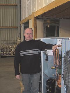 La pompe à chaleur de Stéphane Baudet chauffe une maison pour 15 euros par mois.